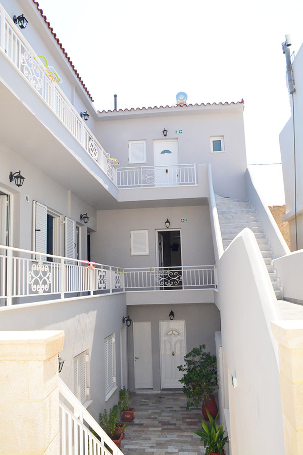 Giakas pension rooms aegina island
